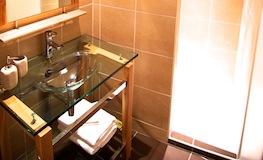 Chambre d'hôtes Marine Pyrénées-Orientales - Domaine de Montcalm - Salle de bain