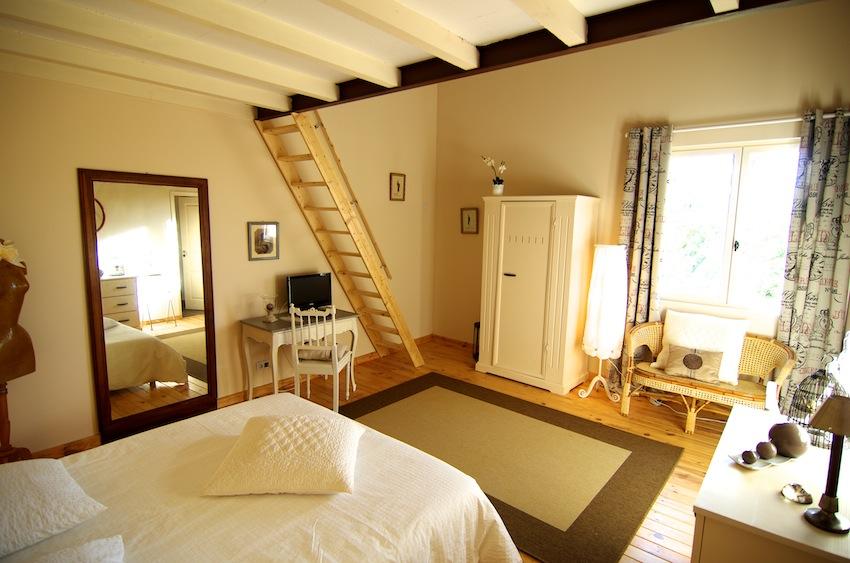 Location de chambre d 39 h tes dans les pyr n es orientales romantique le mas du domaine de - Chambre d hote fontjoncouse ...