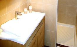 Location Pyrénées Orientales - Chambre d'hôtes - Romantique - Salle de bain